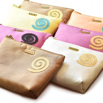 Cosmetic bags by Almeta